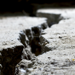 What are the Signs of Foundation Issues?